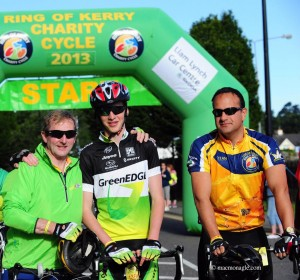 Minister Varadkar joined An Taoiseach, Enda Kenny, and the Taoiseach's son Ferdia for the Ring of Kerry charity cycle in Killarney. Minister Varadkar took part to raise funds for Kerry Mountain Rescue, which is supported by the Department of Transport, Tourism & Sport.