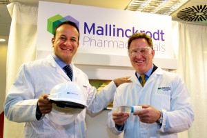 Minister Varadkar with Mark Trudeau, President and CEO of Mallinckrodt.