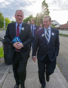 An Taoiseach with Henry Minogue.