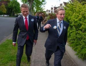 An Taoiseach with Senator Eamonn Coghlan.