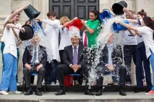 Leo Varadkar Ice Bucket Challenge-1