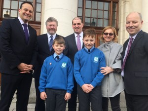 Minister Varadkar with 11 year old Fionn O'Callaghan who wrote to the Taoiseach asking for smoking in vehicles to be banned.